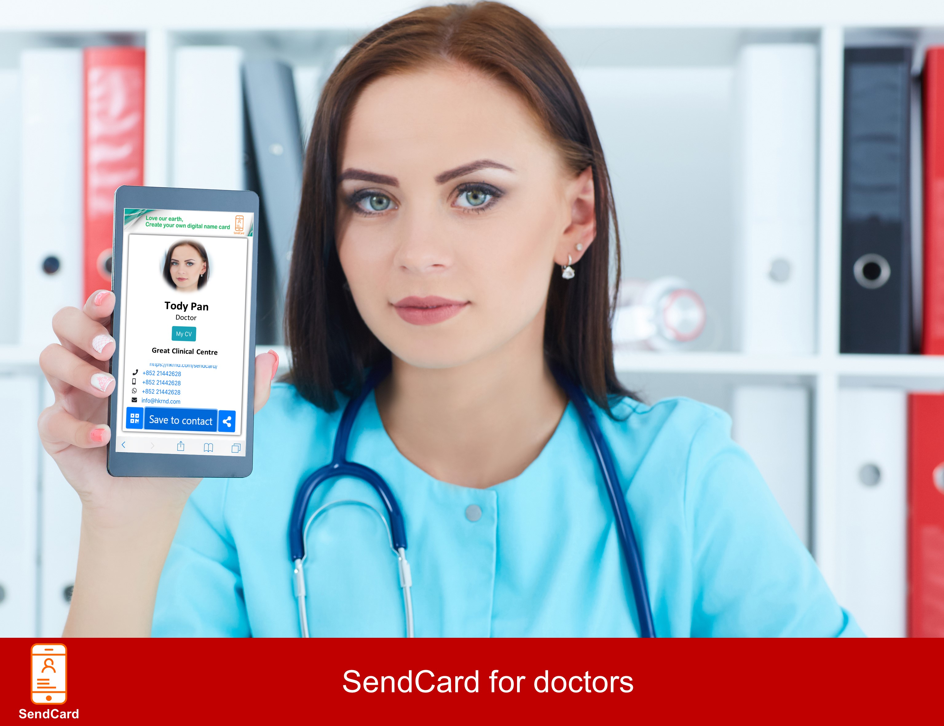 Doctor using SendCard